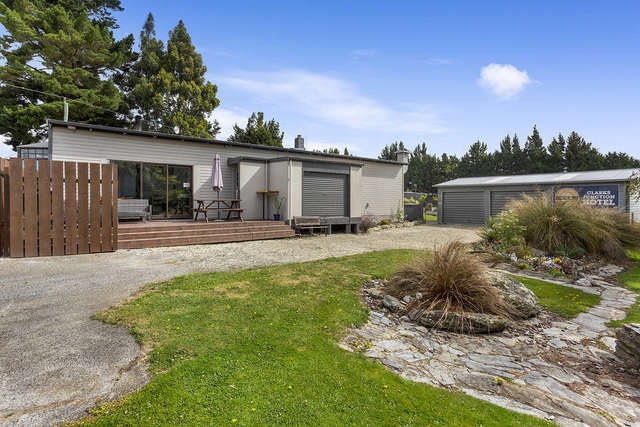 3353 Clarks Junction-Lee Stream Road